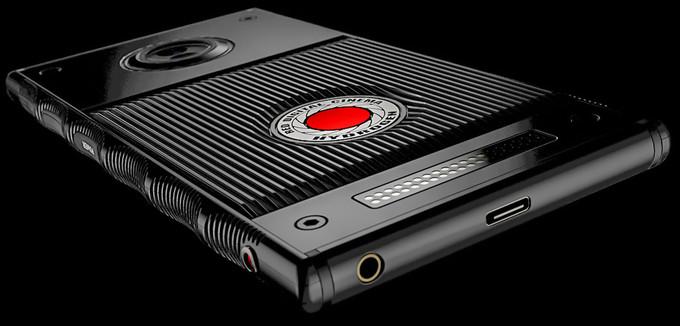Photo of Можно увидеть голографический дисплей RED Hydrogen ввиду раскрытия партнерства с Leia Inc
