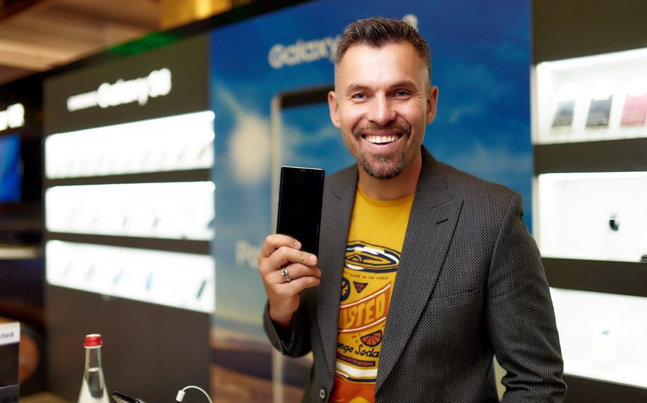 Photo of «Samsung Electronics Украина» сообщает о старте продаж флагманского смартфона Galaxy Note8