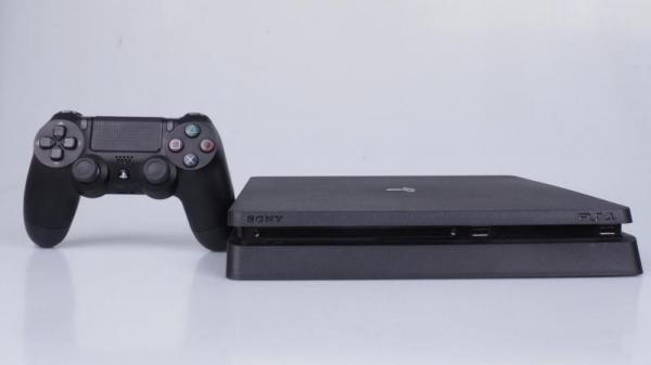 PlayStation 4 обогнала PlayStation 3 по продажам